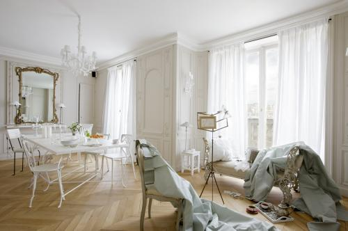 Comment choisir le bon tissu pour ses - Tissus pour double rideaux ...