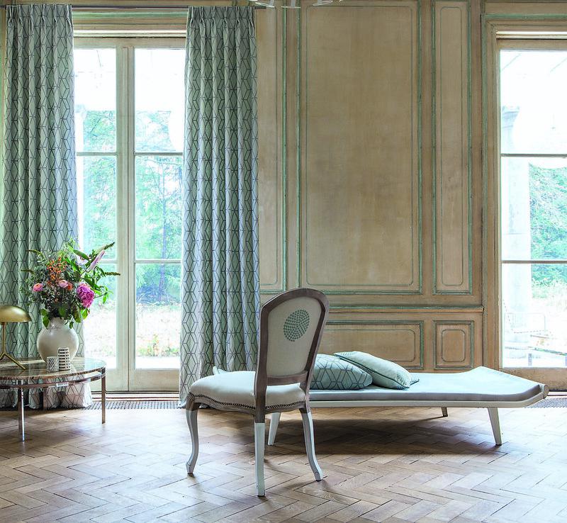 Rideau en tissu jacquard intérieur classique