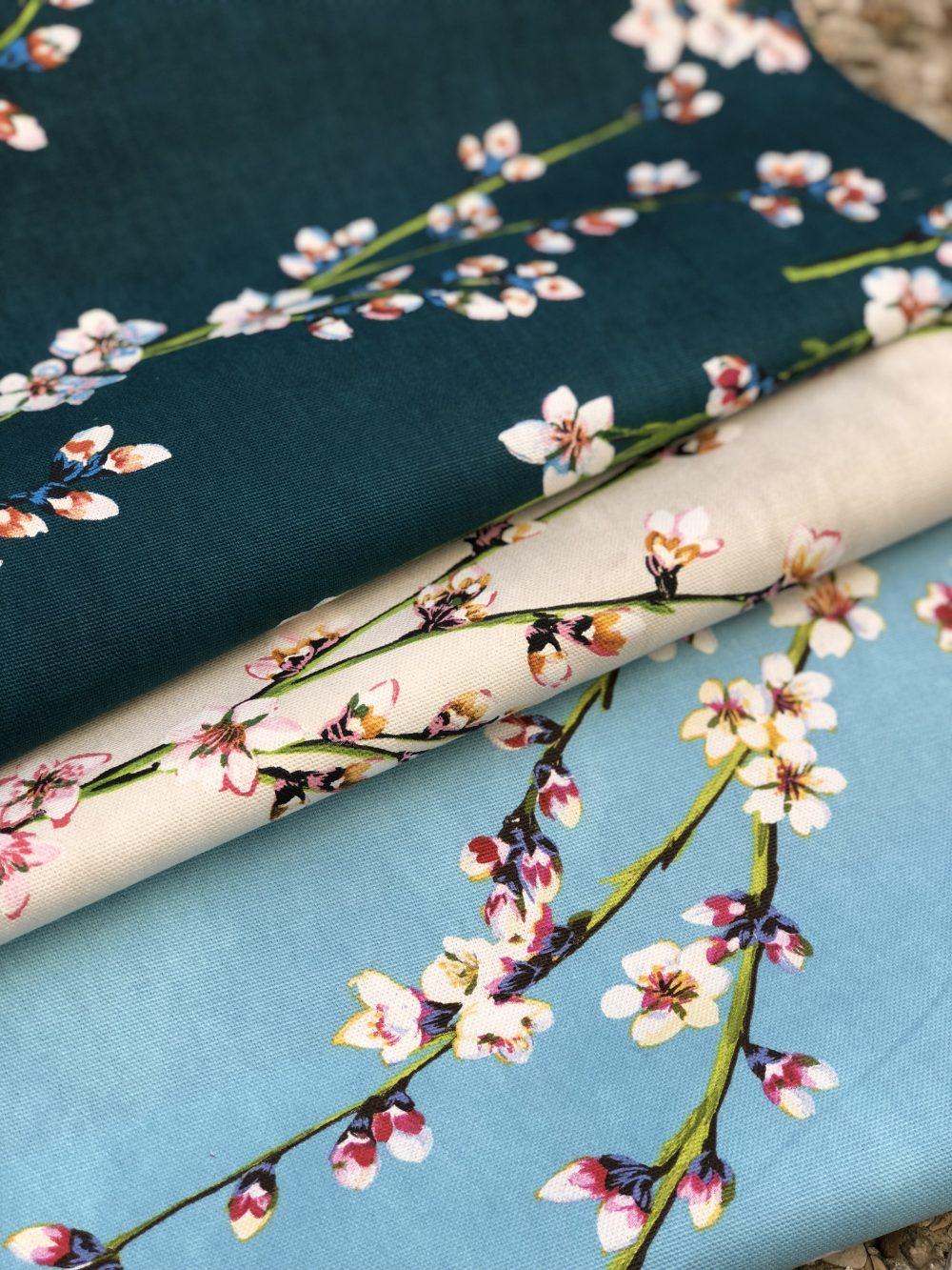 tissu imprimé fleurs d'amandiers
