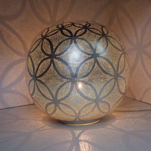lampe boule métal perforé