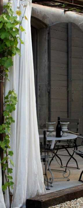 pergola rideaux plantes