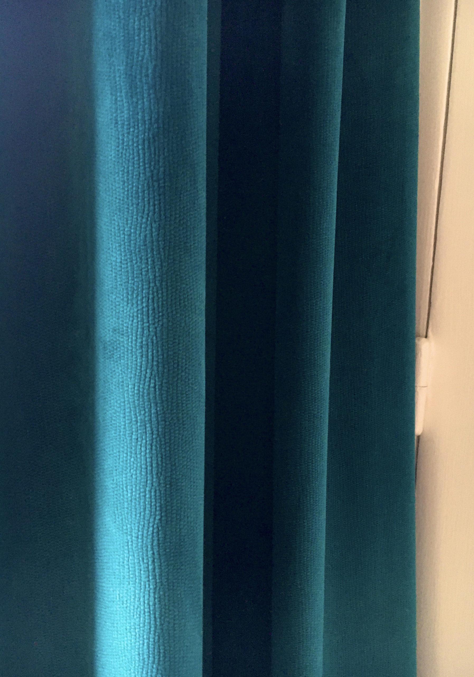 rideau velours bleu canard