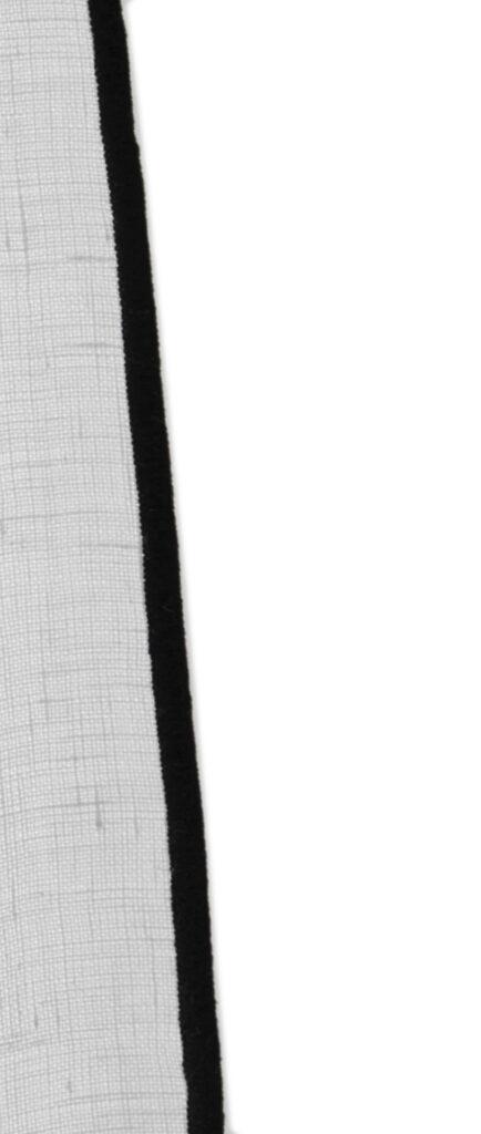 rideau blanc bourdon noir