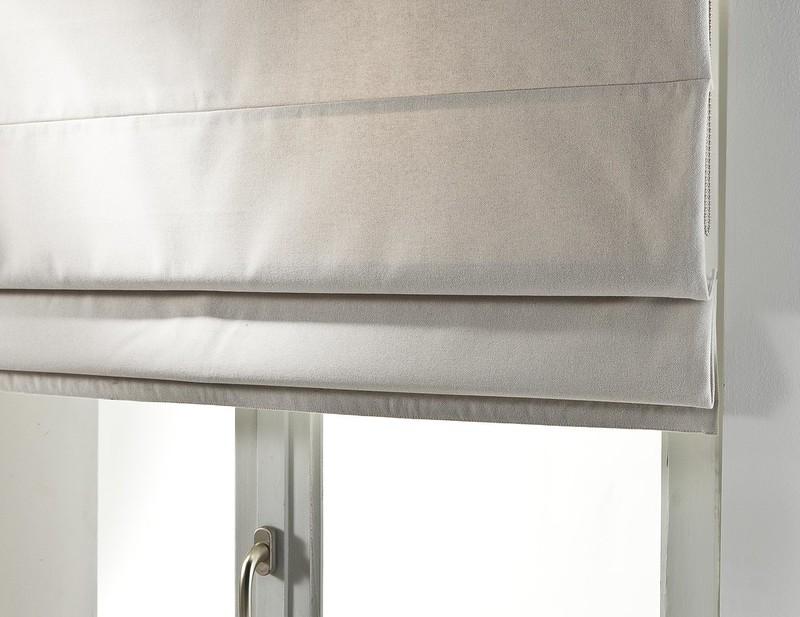 Comment nettoyer des stores en tissu?